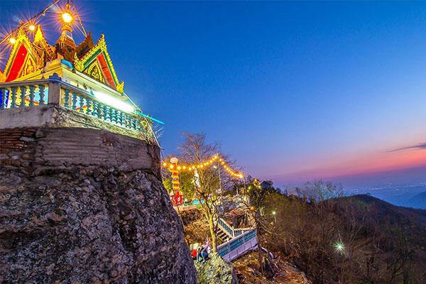 Wat Khao Wong Phra Chan